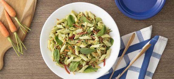 Safra de Março: Rúcula, Salada de Macarrão ao Pesto de Rúcula