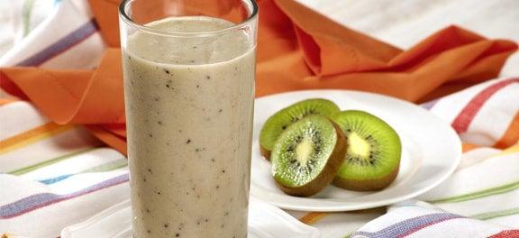 Safra de Março: Smoothie de Iogurte, Kiwi, Banana e Gengibre