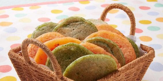 Pão de Queijo de Frigideira com Massa Colorida de Vegetais